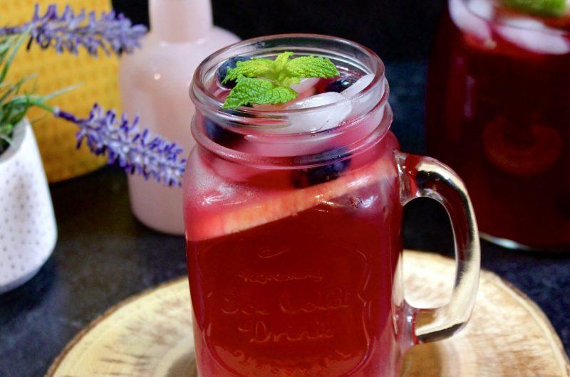 Starbucks Very Berry Hibiscus Tea Lemonade